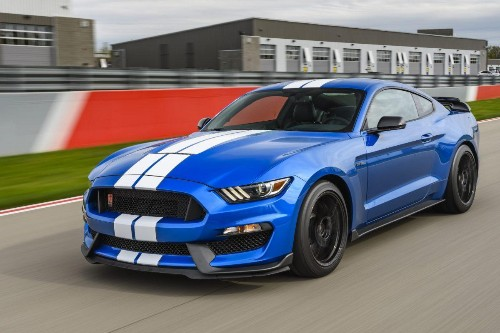 2019 Ford Mustang Shelby GT350 Test Drive And Review: Über-Stang