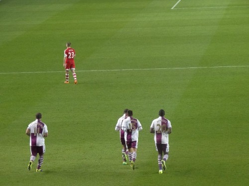 Randy Lerner May Get $340 Million For Aston Villa