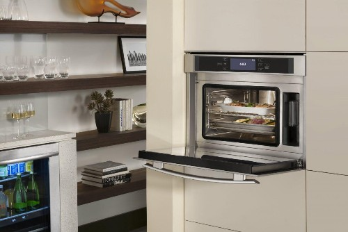 Why You Might Want A Combi-Steam Oven