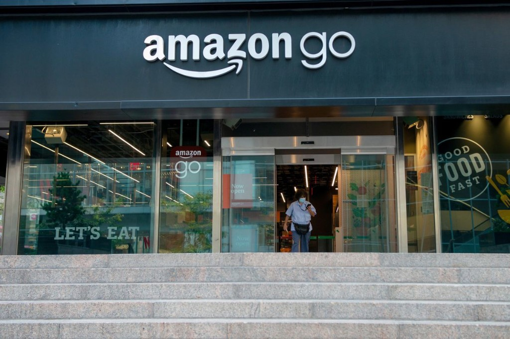 Amazon Pitches New Palm Scanning Tech For Stadiums, Offices As Consumer Privacy Concerns Linger