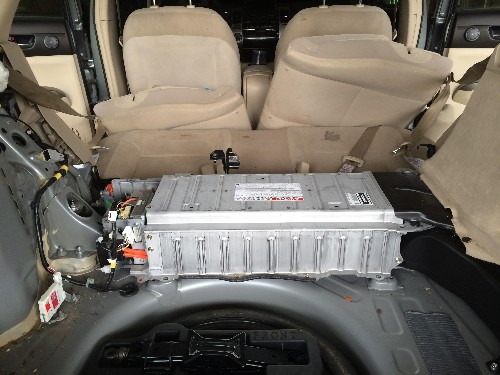 Replacing A Dead Prius Hybrid Battery Doesn't Have To Cost Thousands Of Dollars