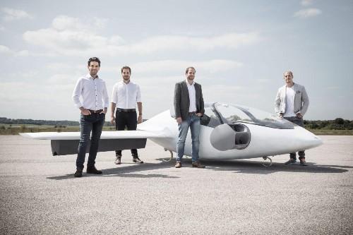 Air Taxi Startup Lilium Raises $90 Million For Electric Mini-Jet Service