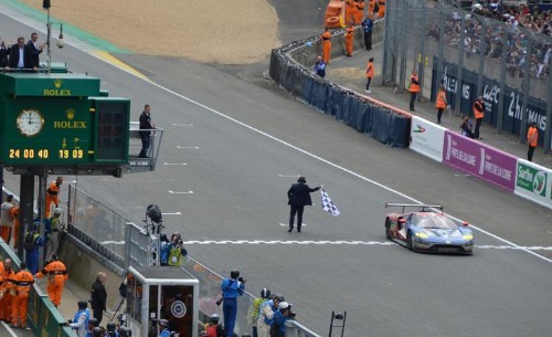 Ford GTs Storm Le Mans! 50 Years After Its Historic Win, Ford Goes Back To Do It Again