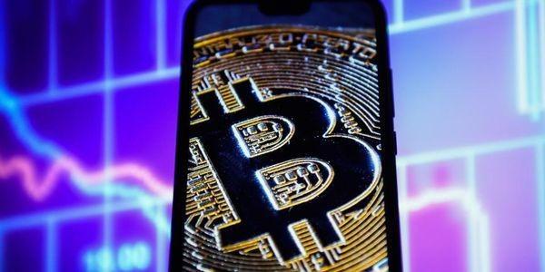 China's Alipay And Bitcoin Exchange Giant Binance In Shock Clash