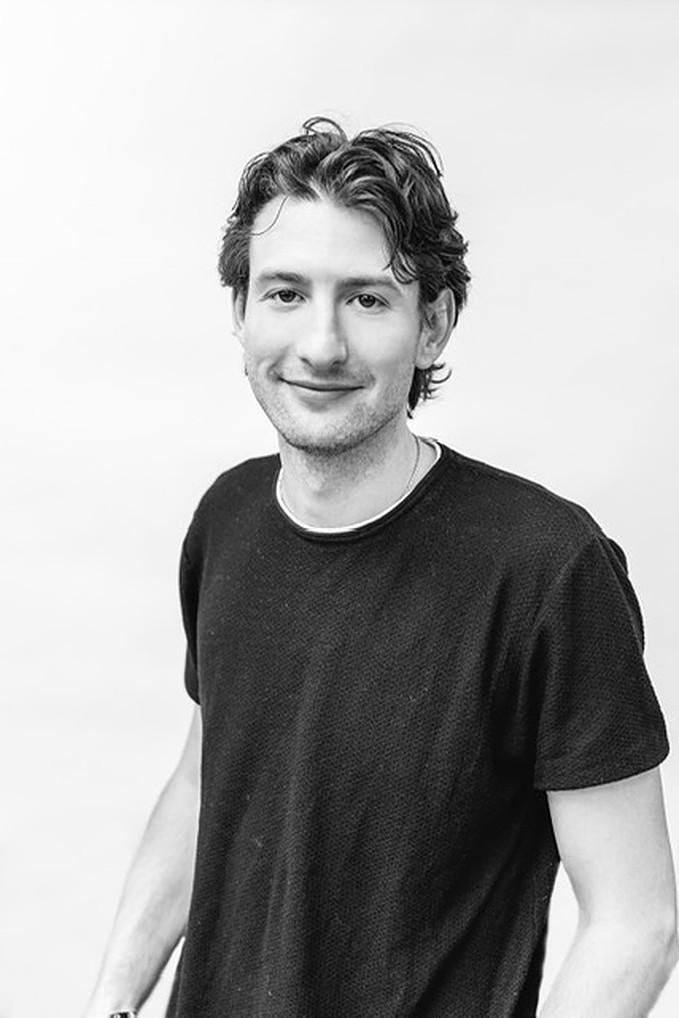 How Joseph Weinberg Is Leading The Next Wave Of Blockchain Adoption