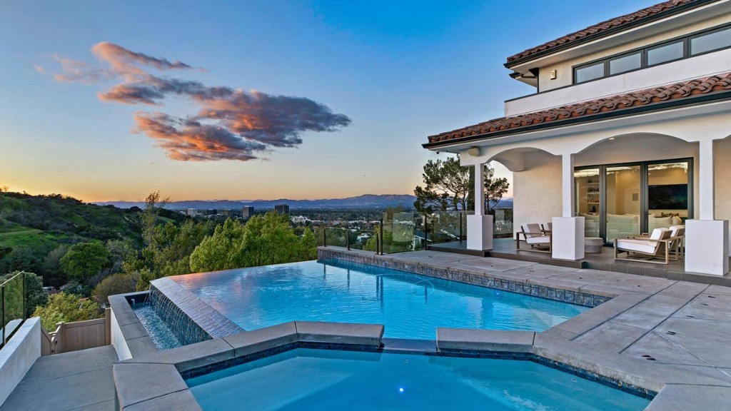 Dwyane Wade And Gabrielle Union Look To Play Ball For Custom L.A. Mansion