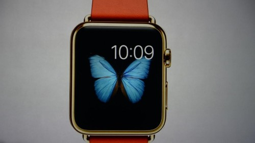Apple Shares Spike On Mobile Wallet, Slide On Disappointing Watch