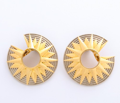 A La Vieille Russie Takes Us On A Jewelry Journey from the Post War Years through The 1980s