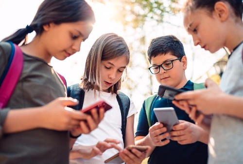 UK Orders Tech Platforms To Drastically Overhaul Children's Privacy Protections
