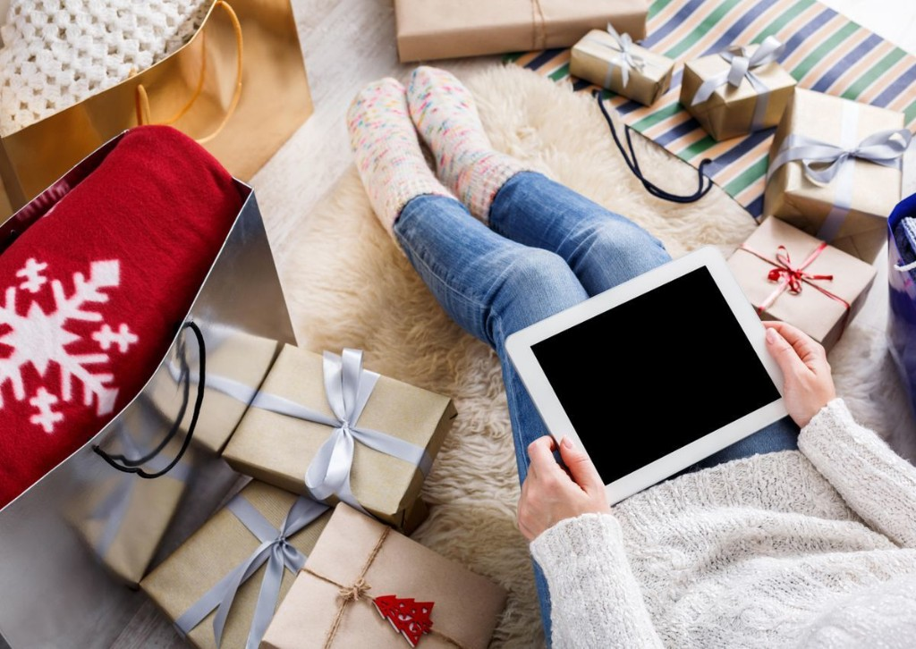E-Commerce Will Explode This Holiday And Put Retailers' Online Strategies To The Test