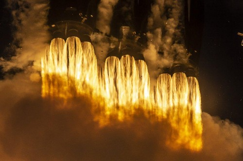 SpaceX Prepares For Its Most Difficult Launch With First-Ever Falcon Heavy Night Flight