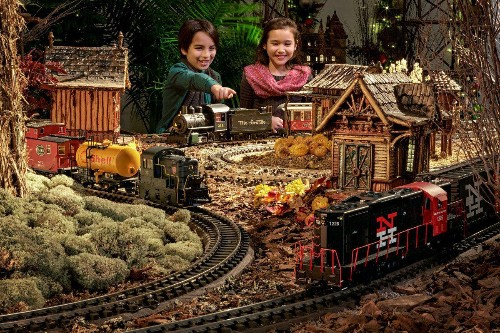 New York City's Most Magical Christmas Train Show