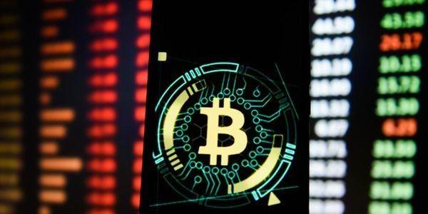 Bitcoin Flatlines As Ripple's XRP, Ethereum, Litecoin, And Bitcoin Cash Surge