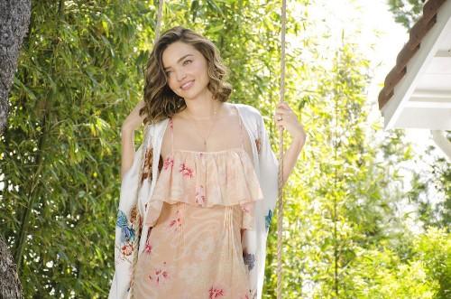 Miranda Kerr's Secret To Noni Glowing Skin