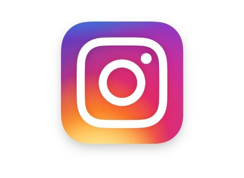Love It Or Hate it, Instagram's New Logo Is So Internet Right Now