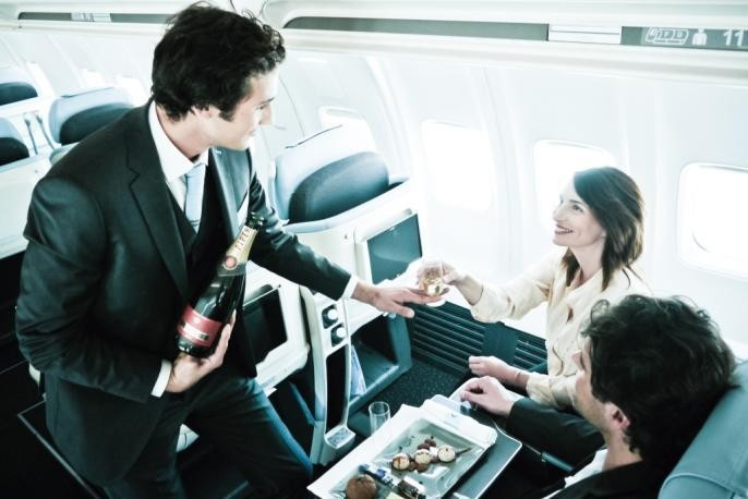 New All-Business Class Airline Adds NYC-London To Paris Routes