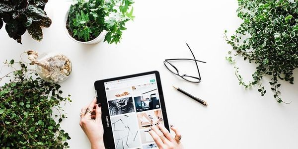 How This Couple Built A Six-Figure E-Commerce Brand In Less Than A Year