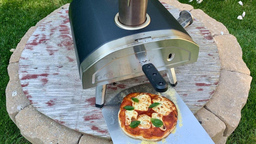 Review: Hands On With The Ooni Fyra Wood-Fired Portable Pizza Oven