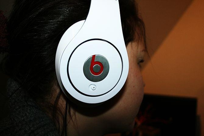 Bose Is Suing Beats Electronics Over Noise-Canceling Headphone Patents