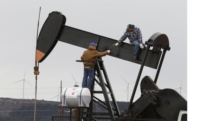 The Economic Impact Of Falling Oil Prices: 'Expansionary Disinflation'