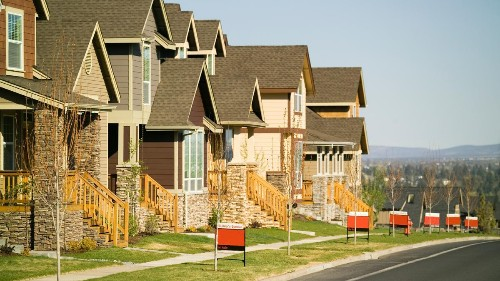 New Home Sales Rise 2% In February On 38.5% Gain In The West