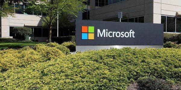 Microsoft Confirms 10,000 Users Targeted By State-Sponsored Hackers
