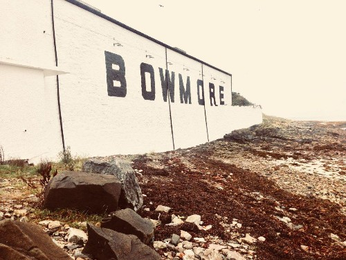 The Ultimate Beginner's Guide To Islay Whiskies
