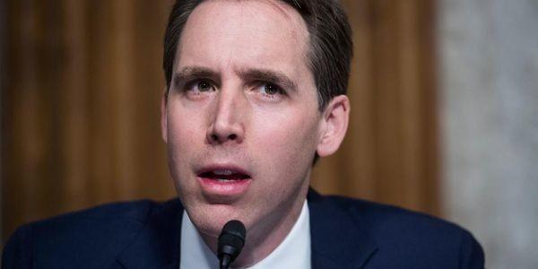 Senator: Make Colleges Pay For Student Loan Default
