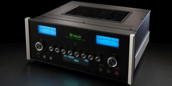 McIntosh Unveils Its New Preamplifier With Upgradable DAC Module And Multiple Inputs