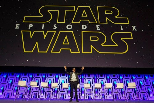 Star Wars Universe Turns Out For Star Wars Celebration In Chicago Featuring Stephen Colbert And More