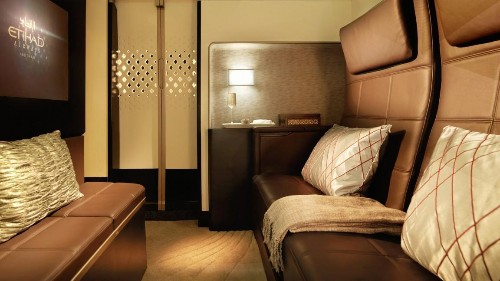 Penthouse on Wings: Etihad Sells Out First JFK-Abu Dhabi Flight of Giant A380 with $32,000 Suite