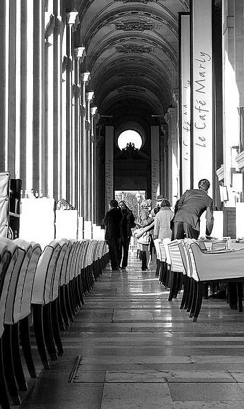 Looking For The Best Table? In Paris, Be Good-Looking