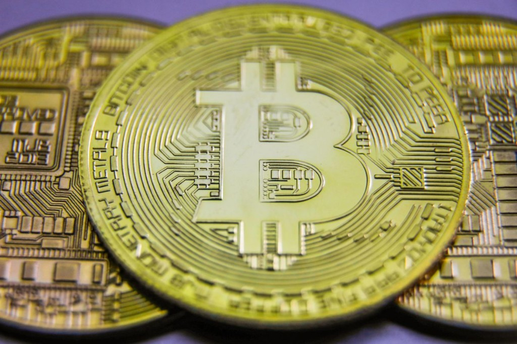 Is Bitcoin Facing Strong Resistance Near $12,000?