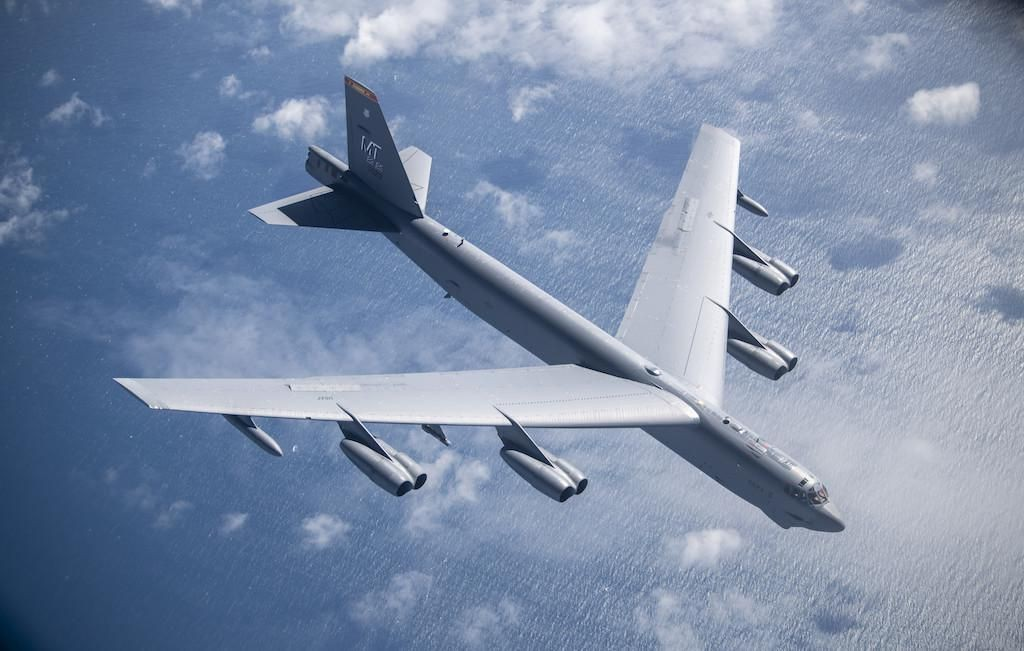 Hanging New Engines On 60-Year-Old B-52 Bombers Is Not Easy. Here Are Some Risks.