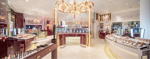 Charlotte Tilbury's New Virtual 'Magic Mirror' Serves As Active Make-Up Selling Tool