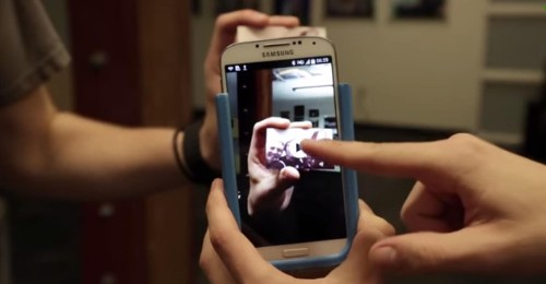 The Prynt Smartphone Case Can Print Your Digital Photos On-The-Spot