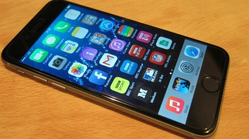 Apple Reveals iOS 8.3, Ignores Ongoing Problems