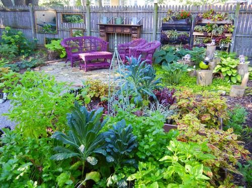 There's A Party In The Backyard, Says A Houzz Landscaping Survey