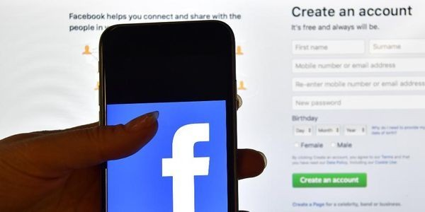 Facebook Uses Machine Learning To Spot At-Risk Users