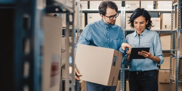 Why Midsize Wholesale Distributors Are Re-Thinking The Employee Experience