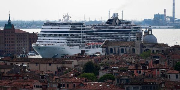 Is Or Isn't Venice Banning Giant Cruises After Crash?