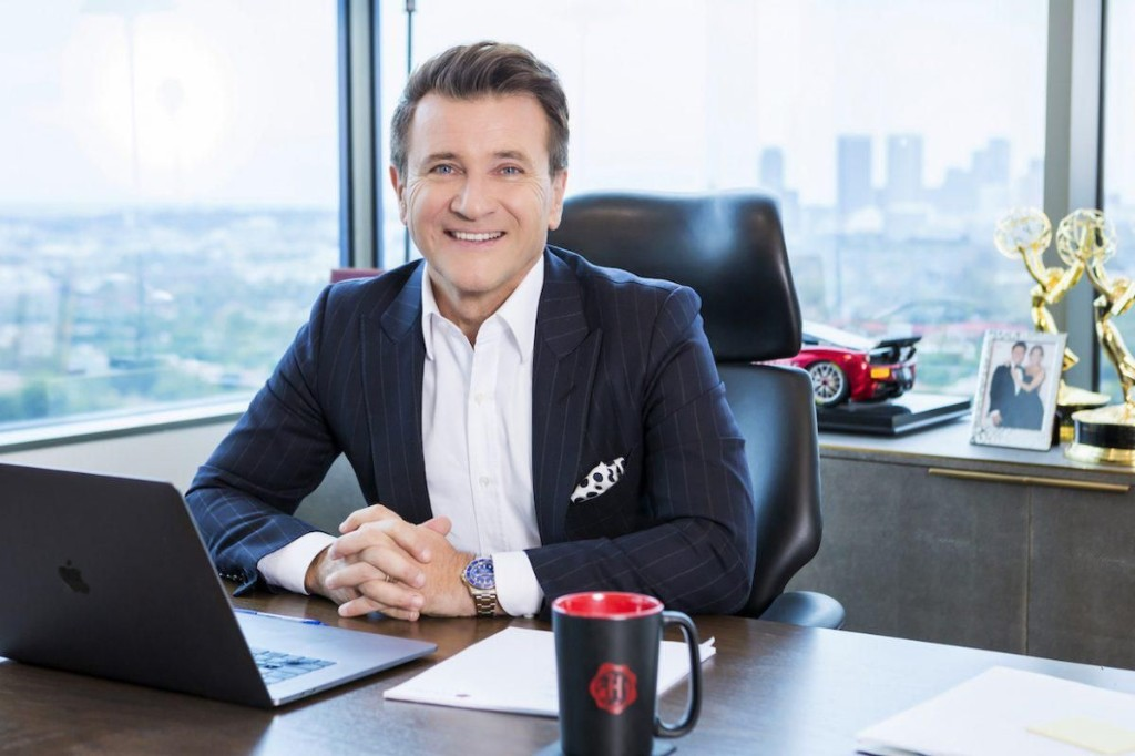 When It Comes to Travel, Shark Tank's Robert Herjavec Means Business