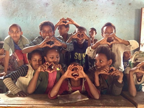 Proyecthiopia: 4 Best Tips To Volunteer For Change And Not For The Picture