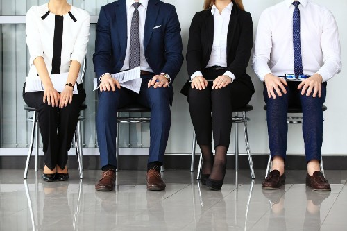 HR Reveals What You Should (And Shouldn't) Wear To A Job Interview