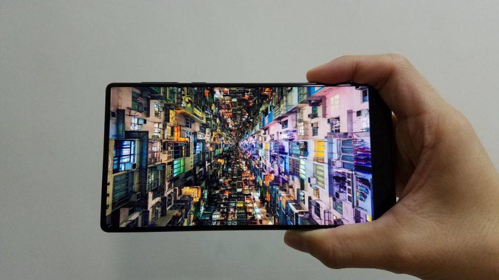 Xiaomi Mi Mix Review: It Makes The iPhone 7 Look And Feel So Outdated