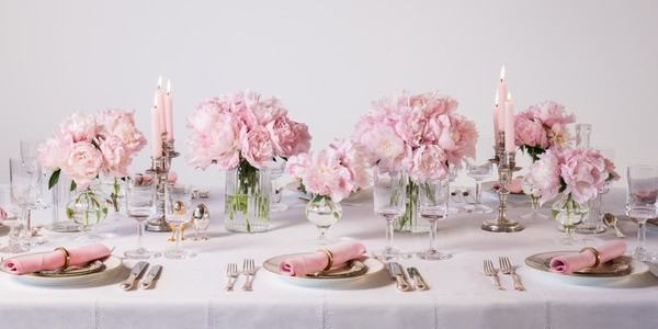 Hostess With The Mostess: Tips For Spring Entertaining