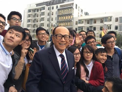 Billionaire Li Ka-shing: Always A Chinese Patriot