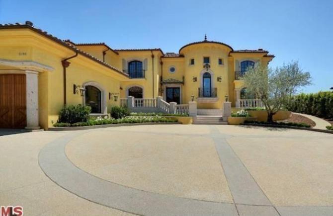 Rumor Alert: Have Kim & Kanye Listed Their Unfinished Mansion for $11 Million?