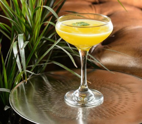 The Best Spring Cocktails: 7 Drinks to Enjoy Right Now
