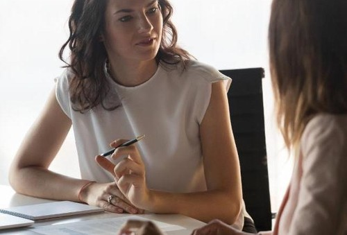 Why HR Leaders Should Consider Taking A Coaching Approach